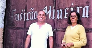 O colunista e Dona Marlene, da Tradição Mineira (Juiz de Fora-MG)